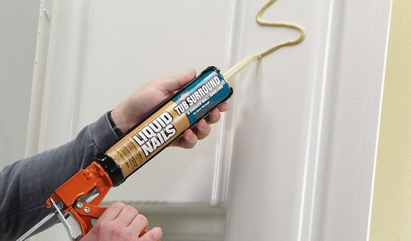 how to apply tub surround adhesive